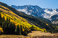 Autumn season in the Elk Mountains, south of Aspen, Colorado.