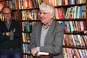 Boekpresentatie De Clintons van Twan Huys bij zijn uitgeverij in Amsterdam.<br /> <br /> op de foto:  Geert Mak