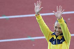Adrianda da Silva recebe a medalha de ouro após vencer a maratona nos jogos Pan-Americanos de Guadalajara 2011. FOTO: Jefferson Bernardes/Preview.com