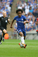 Football - 2017 / 2018 FA Cup - Semi Final: Chelsea vs. Southampton<br /> <br /> Willian of Chelsea sets up another attack at Wembley Stadium <br /> <br /> COLORSPORT/SHAUN BOGGUST