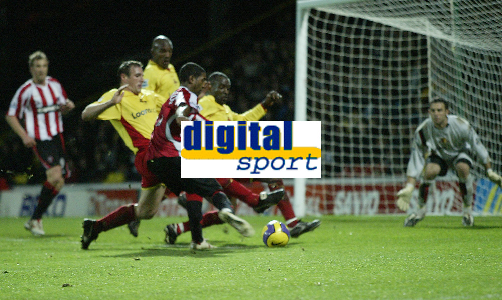 Photo: Marc Atkins.<br /> Watford v Sheffield United. The Barclays Premiership. 28/11/2006. Mikele Leigertwood of Sheffield Utd shoots on goal.