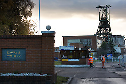 © Licensed to London News Pictures. 4/12/2013, Nuneaton, Warwickshire, UK. DAWMILL Demolition. Work started today on the demolition of DAWMILL Colliery, the last coal mine in Warwickshire. Hundreds of miners lost their jobs when the colliery closed in Februray earlier thsi year. Controversy surrounds the future of the remaining winding gear and tower which local campaigners want to preserve for history. Photo credit : Dave Warren/LNP