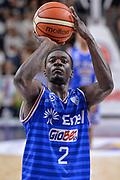 DESCRIZIONE : Beko Legabasket Serie A 2015- 2016 Dinamo Banco di Sardegna Sassari - Enel Brindisi<br /> GIOCATORE : Durand Scott<br /> CATEGORIA : Tiro Libero<br /> SQUADRA : Enel Brindisi<br /> EVENTO : Beko Legabasket Serie A 2015-2016<br /> GARA : Dinamo Banco di Sardegna Sassari - Enel Brindisi<br /> DATA : 18/10/2015<br /> SPORT : Pallacanestro <br /> AUTORE : Agenzia Ciamillo-Castoria/L.Canu
