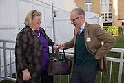 CASINA SYMS; MARTIN SYMS, Side-Saddle Dash, Southern Spinal Injuries Trust charity Day. Wincanotn. 25 October 2015.