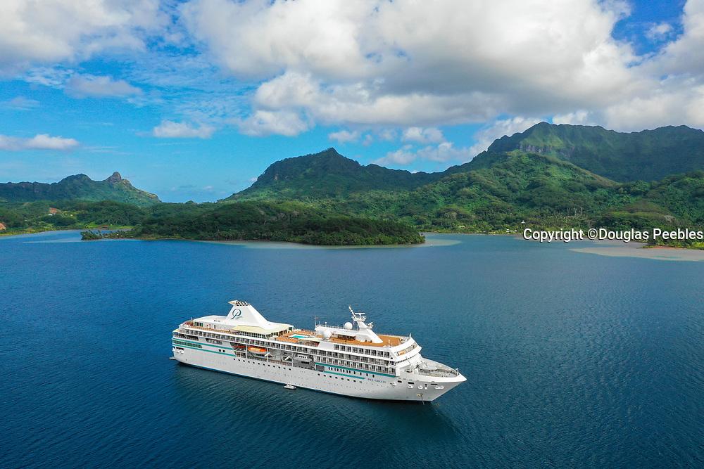 Paul Gauguin Cruise Ship, Maroe Bay, Huahine, Society Islands, French Polynesia; South Pacific