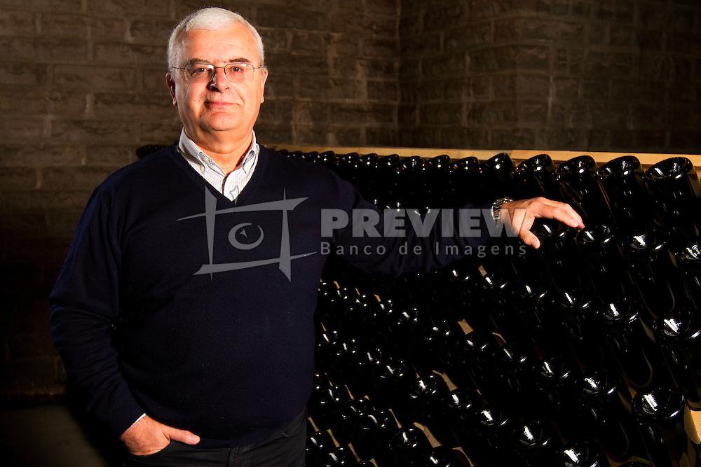 O Sr. Adolfo Lona. FOTO: Marcos Nagelstein/Preview.com