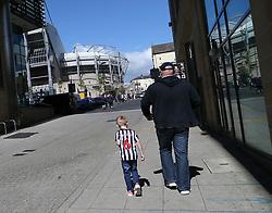 13 August 2017  : Premier League Football : Newcastle United v Tottenham Hotspur: fans approach St James Park : Photo: Mark Leech