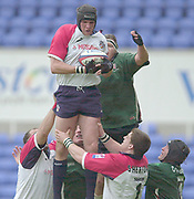 Reading, Berkshire, 10th May 2003,  [Mandatory Credit; Peter Spurrier/Intersport Images], Zurich Premiership Rugby, Scott Morgan, collects the line out ball,