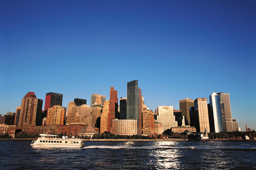 Lower Manhattan, New York. Shot the week after the World Trade Towers collapsed on September 11, 2001. USA.