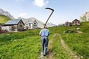 Senn und Maler Herr Hauptle auf der Meglisalp in Appenzell am 4. Juli 2015<br />Photo Siggi Bucher