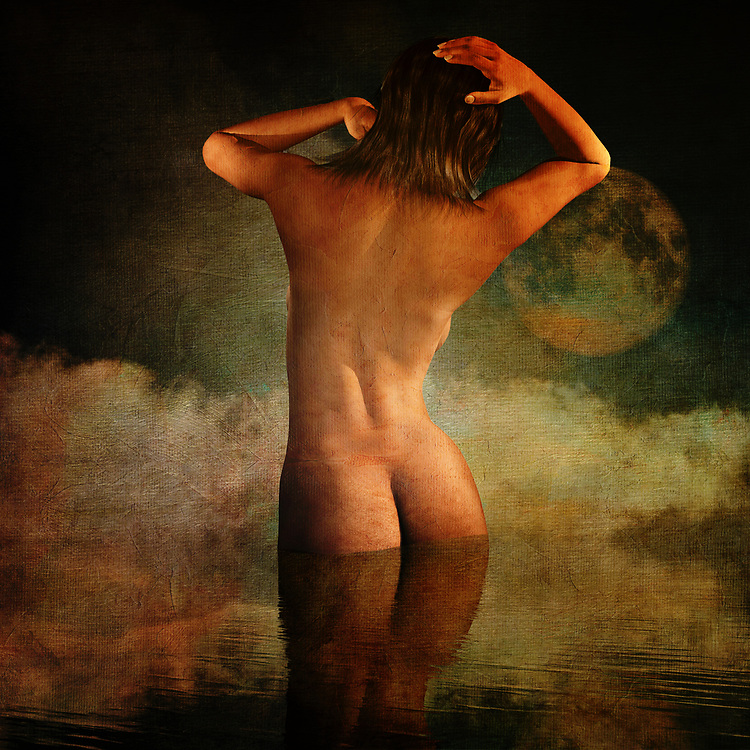 This mixed media piece from Jan Keteleer is compelling to say the least. We see a woman, nude from behind, standing before one of the most brilliant moons you have ever seen. She is clearly coming up for air. We can see some seagulls in the nearby distance. This is a piece that inspires the viewer to ask all sorts of questions. It is impossible to look at something like this, without creating some sort of history all their own. This is an ideal piece for anyone who wants to add something of an enigma to their personal space. You can hang this piece virtually anywhere. <br /> <br /> BUY THIS PRINT AT<br /> <br /> FINE ART AMERICA<br /> ENGLISH<br /> https://janke.pixels.com/collections/dreams<br /> <br /> <br /> WADM / OH MY PRINTS<br /> DUTCH / FRENCH / GERMAN<br /> https://www.werkaandemuur.nl/nl/shopalbum/Dromen/1846/34525/0
