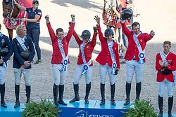Team USA, Gold Medal, Devin Ryan, Adrienne Sternlicht, Laura Kraut, McLain Ward, Robert Ridland<br /> World Equestrian Games - Tryon 2018<br /> © Hippo Foto - Dirk Caremans<br /> 21/09/2018