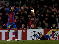 Photo. Jed Wee, Digitalsport<br /> FC Barcelona v Chelsea, UEFA Champions League, 23/02/2005.<br /> Barcelona's Ronaldinho rues a missed chance and Barcelona will count themselves unlucky to only have a one goal advantage.