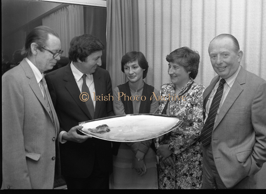 """""""The National Fish Cookery Award""""..29.04.1982..04.29.1982.29th April 1982.1982..This competition sponsored by Bord Iascaigh Mhara was held in The Clare Inn, Newmarket-on Fergus,Co Clare. the competition was open to schools across the country..Mr Paddy Kerin,Assistant Sec., Department of Fisheries and Forestry,Minister Daly,Catherine O'Sullivan (winner) ,Fionnula Bean Ui Chathasaigh,Home Economics Inspector,Dept., Education and Mr.Jimmy Power pose with the winners prize."""