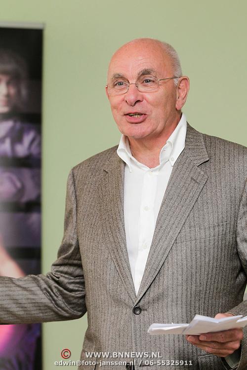 NLD/Amsterdam/20120910 - Perspresentatie toneelstuk Contrapunt, Michael van Praag