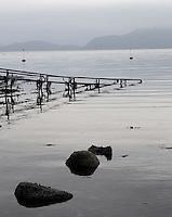 railings stretching out in the water - Stord, rekkverk som strekker seg ut i havet - Stord, Vestlandet