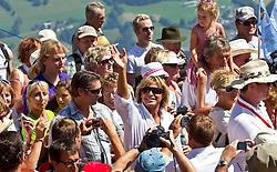 25.08.2011, Hahnenkamm, Kitzbuehel, AUT, Fanwanderung mit Hansi Hinterseer, im Bild Hansi Hinterseer umringt von tausenden Fans bei der Wanderung während der Hansi Hinterseer Fanwoche 2011, EXPA Pictures © 2011, PhotoCredit: EXPA/ J. Feichter