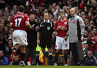 Photo: Paul Thomas.<br /> Manchester United v Aston Villa. The FA Cup. 07/01/2007.<br /> <br /> Ole Gunnar Solskjaer of Man Utd about to come on for goal scorer Henrik Larsson. Manager Sir Alex Ferguson claps claps him off also.