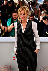 May 12, 2016 - Cannes, France - Julia Roberts attends the 'Money Monster' photocall during the 69th annual Cannes Film Festival at the Palais des Festivals on May 12, 2016 in Cannes, France. (Credit Image: © Isa Saiz/NurPhoto via ZUMA Press)