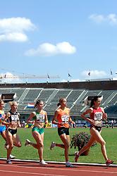 08-07-2006 ATLETIEK: NK BAAN: AMSTERDAM<br /> 5000 meter met Anita Giusti-Looper (373) en Selma Borst (515)<br /> ©2006-WWW.FOTOHOOGENDOORN.NL