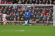 Kelechi Iheanacho of Leicester City puts the ball into the back of the net but the 'goal' is  ruled offside. Premier league match, Stoke City v Leicester City at the Bet365 Stadium in Stoke on Trent, Staffs on Saturday 4th November 2017.<br /> pic by Chris Stading, Andrew Orchard sports photography.