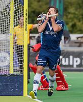 AMSTELVEEN - Sebastien Dockier (Pinoke) mist een kans een baalt    tijdens   hoofdklasse hockeywedstrijd mannen, Pinoke-Kampong (2-5) . COPYRIGHT KOEN SUYK