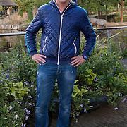 Amsterdam, 18 september 2013. In aanwezigheid van een aantal BN'ers werd vandaag in Artis de nieuwste Bugaboo Andy Warhol gelanceerd. Hiervoor hield bioloog Freek Vonk een inleidend gesprek over insecten. Op één van de prints van de nieuwe Bugaboo zijn namelijk insecten afgebeeld. Op de foto bioloog Freek Vonk