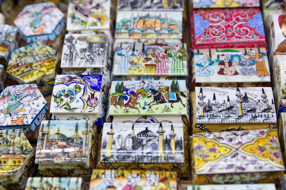 Turkish hand-painted ceramic boxes traditional scenes in The Grand Bazaar, Kapalicarsi, great market, Beyazi, Istanbul, Turkey