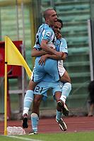 Fotball<br /> Italia 2004/05<br /> Lazio v Reggina<br /> 19. september 2004<br /> Foto: Digitalsport<br /> NORWAY ONLY<br /> Paolo Di Canio and Simone Inzaghi celebrate goal of 1-0 for SS Lazio