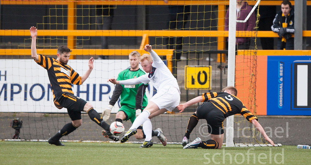 Falkirk's Mark Beck has a shot.<br /> half time : Alloa Athletic 0 v 0 Falkirk, Scottish Championship game played today at Alloa Athletic's home ground, Recreation Park.<br /> © Michael Schofield.