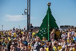 July 3, 2018 - Helsingborg/Landskrona, SVERIGE - 180703 En trÅdgran har rests pÅ' GrÅ¡ningen fÅ¡r att hylla Andreas Granqvist (ej pÅ' bild) under visning av Sverige - Schweiz pÅ' grÅ¡ningen under dag 2 av SM-veckan den 3 juli 2018 i Helsingborg/Landskrona  (Credit Image: © Mathilda Ahlberg/Bildbyran via ZUMA Press)