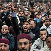 Demonstration on the main square of Benghazi after the great Friday prayer. Benghazi on March 4, 2011.  Photograph Arnaud Finistre / Hans Lucas<br /> Manifestation sur la place principale de Benghazi apres la grande priere du vendredi. Benghazi le 4 mars 2011. Photographie Arnaud Finistre / Hans Lucas