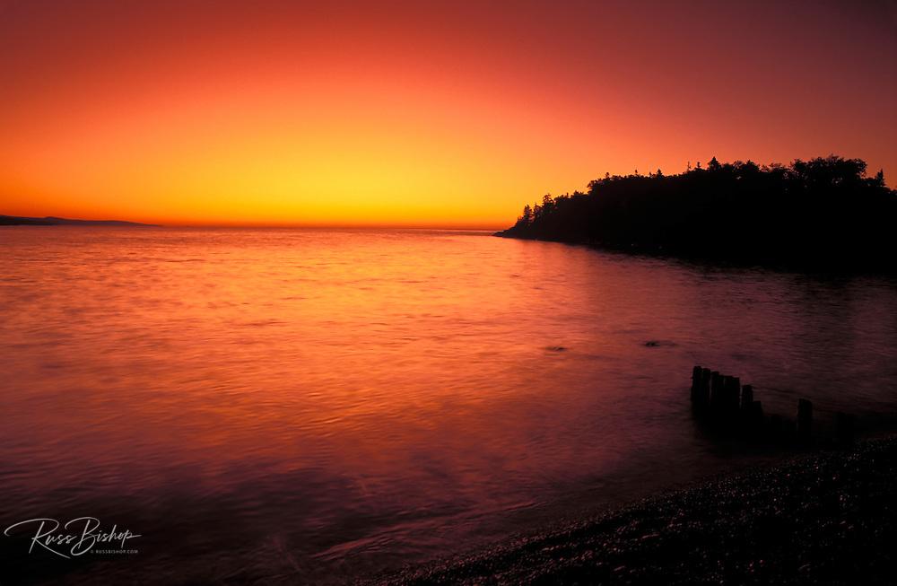 Dawn light on the north shore of Lake Superior from Artist Point, Grand Marais, Minnesota USA