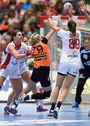 18-12-2015 DEN: World Championships Handball 2015 Poland  - Netherlands, Herning<br /> Halve finale - Nederland staat in de finale door Polen met 30-25 te verslaan / Sanne Hoekstra #29