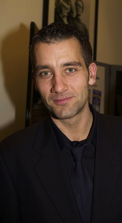 Actor CLIVE OWEN at a reception in London on 22nd February 2000.OBH 6