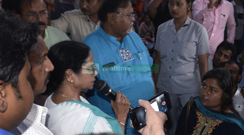 March 27, 2019 - Kolkata, West Bengal, India - West Bengal Chief Minister and TMC supremo Mamata Banerjee inter act with the SSC aspirant who are in hunger strike for last 28 days. (Credit Image: © Saikat Paul/Pacific Press via ZUMA Wire)