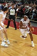 DESCRIZIONE : Roma Lega A1 2006-07 Lottomatica Virtus Roma Whirlpool Varese <br /> GIOCATORE : Hawkins <br /> SQUADRA : Lottomatica Virtus Roma <br /> EVENTO : Campionato Lega A1 2006-2007 <br /> GARA : Lottomatica Virtus Roma Whirlpool Varese <br /> DATA : 25/04/2007 <br /> CATEGORIA : Penetrazione <br /> SPORT : Pallacanestro <br /> AUTORE : Agenzia Ciamillo-Castoria/G.Ciamillo