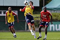 Fotball<br /> Frankrike trener foran Euro 2008<br /> Foto: DPPI/Digitalsport<br /> NORWAY ONLY<br /> <br /> FOOTBALL - EURO 2008 - FRENCH TEAM TRAINING IN CLAIREFONTAINE - 23/05/2008 - SAMIR NASRI / ALOU DIARRA