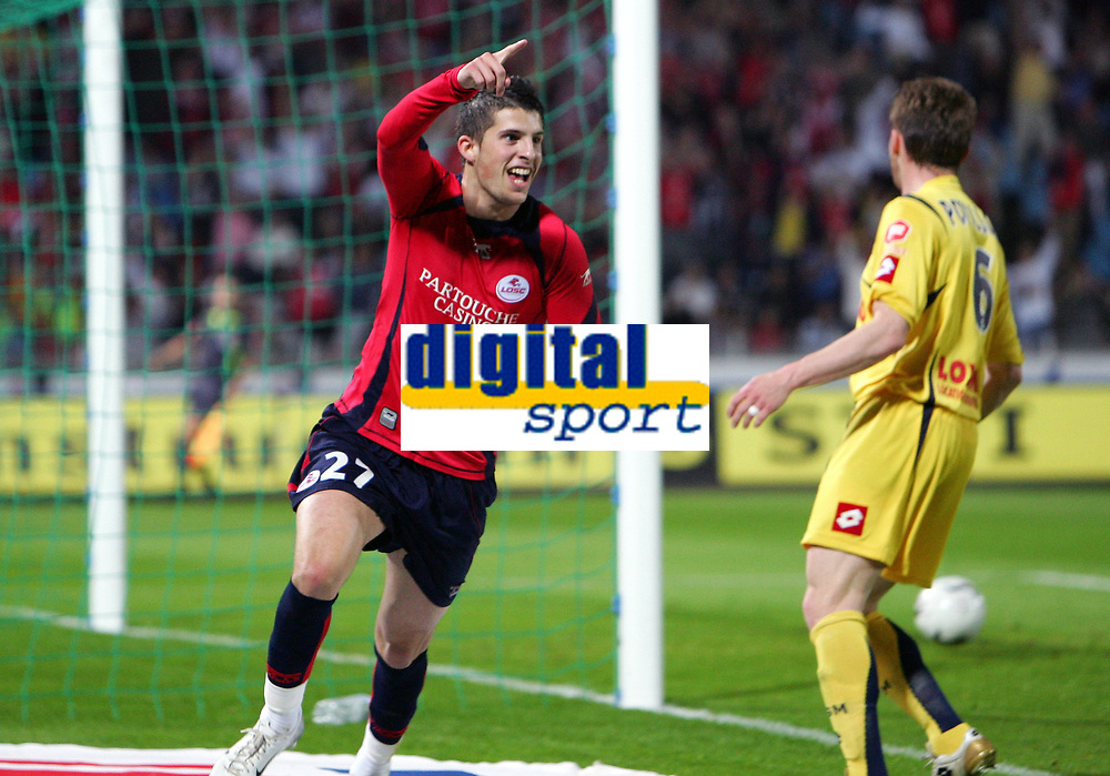 Fotball<br /> Frankrike<br /> Foto: Dppi/Digitalsport<br /> NORWAY ONLY<br /> <br /> FOOTBALL - FRENCH CHAMPIONSHIP 2006/2007 - LEAGUE 1 - LILLE OSC v FC SOCHAUX - 14/04/2007 - JOY KEVIN MIRALLAS (LIL) AFTER HIS GOAL