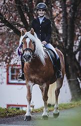 THEMENBILD - eine Reiterin auf ihrem Haflinger während des Umzugs. Der Leonhardiritt ist eine Prozession zu Pferd, die zum Brauchtum im Österreich- Bayrischen- Raum zählt. Sie findet zu Ehren des hl. Leonhard statt, welcher Schutzpatron landwirtschaftlicher Tiere, Gefangener und Bergleute ist, aufgenommen am 06. November 2018, Leogang, Österreich // The Leonhardiritt is a procession by horse, which counts to the Tradition in Austria- Bavarian area. It is held in honor of St. Leonhard, which is the patron of agricultural animals, prisoners and miners on 2018/11/06, Leogang, Austria. EXPA Pictures © 2018, PhotoCredit: EXPA/ Stefanie Oberhauser
