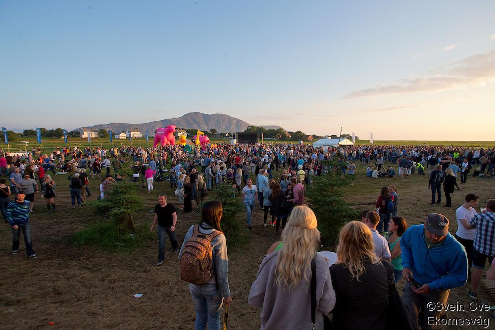Sommerfesten på Giske 2013.<br /> Foto: Svein Ove Ekornesvåg