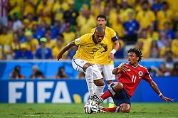 Fernandinho na partida entre Brasil x Colombia, válida pelas quartas de final da Copa do Mundo 2014, no Estádio Castelão, em Fortaleza-CE. FOTO: Jefferson Bernardes/ Agência Preview