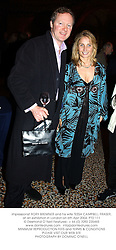impressionist RORY BREMNER and his wife TESSA CAMPBELL FRASER, at an exhibition in London on 6th Aprl 2004.PTD 111