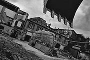 Paris, 1995.<br /> Demolition d'immeubles insalubres rue du Buisson St Louis. La renovation des quartiers populaires se heurte souvent a la situation precaire des habitants qui se retrouvent sans logis.
