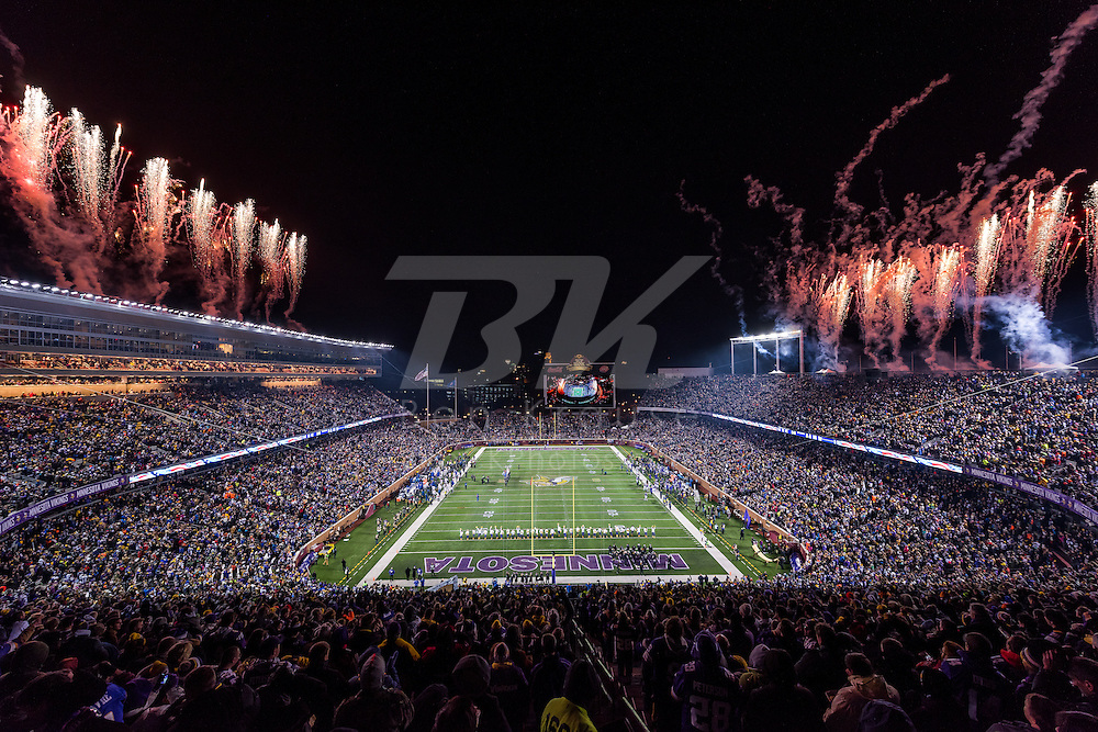 Minnesota Vikings vs. New York Giants on December 27, 2015 at TCF Bank Stadium in Minneapolis, Minnesota.  Photo by Ben Krause/Minnesota Vikings
