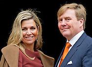 7-1-2016 AMSTERDAM - The european commission visits Thursday, January 7th, 2016 a visit to the Netherlands. The Commission visit by the King Willem Alexander and Maxima queen at the palace on the Dam, has met with the entire Dutch cabinet and speaks with members of the Senate and House. The visit marks the start of the Dutch Presidency of the European Union. COPYRIGHT ROBIN UTRECHT ard van der steur<br /> bert koenders<br /> edith schippers<br /> eric wiebes<br /> frans timmermans<br /> henk kamp<br /> jean-claude juncker<br /> jeanine hennis-plasschaert<br /> jeroen dijsselbloem<br /> jet bussemaker<br /> jetta klijnsma<br /> klaas dijkhoff<br /> lilianne ploumen<br /> lodewijk asscher<br /> mark rutte<br /> martijn van dam<br /> martin van rijn<br /> melanie schultz van haegen<br /> ronald plasterk<br /> sander dekker<br /> stef blok<br /> DEN HAAG - Koning Willem-Alexander en koningin Maxima gaan op de foto met de Europese Commissie in het Koninklijk Paleis in het kader van het EU-Voorzitterschap van Nederland in de eerste helft van 2016.