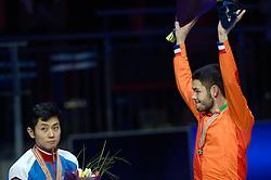 25-01-2015 NED: ISU European Championships Shorttrack, Dordrecht<br /> Sjinkie Knegt pakt het goud en is Europees kampioen, Victor An zilver