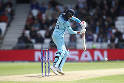 June 21, 2019 - Leeds, Yorkshire, United Kingdom - England's Joe Root batting during the ICC Cricket World Cup 2019 match between England and Sri Lanka at Headingley Carnegie Stadium, Leeds on Friday 21st June 2019. (Credit Image: © Mi News/NurPhoto via ZUMA Press)