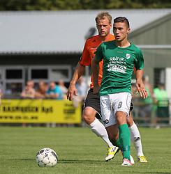 Aleksandar Lazarevic (Avarta) og Jeppe Christiansen (FC Helsingør) under kampen i 2. Division Øst mellem Boldklubben Avarta og FC Helsingør den 19. august 2012 i Espelunden. (Foto: Claus Birch).