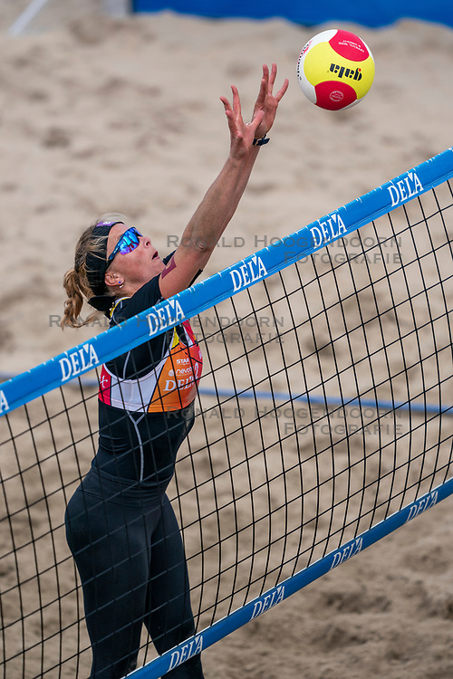 Madelein Meppelink in action. The Final Day of the DELA NK Beach volleyball for men and women will be played in The Hague Beach Stadium on the beach of Scheveningen on 23 July 2020 in Zaandam.